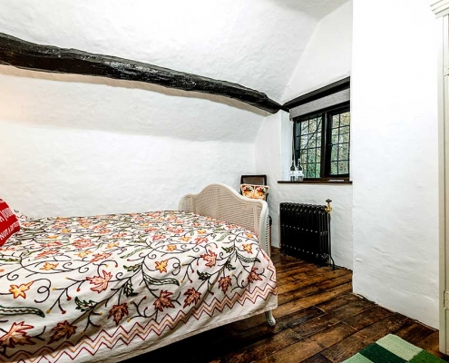 Brookside Cottage Double Bedroom3