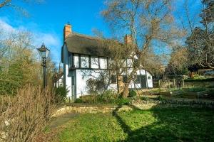 Brookside Cottage Exterior2