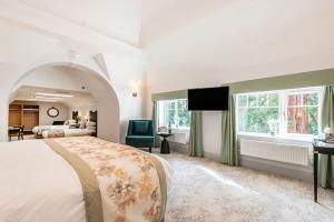 Burnside Suite Layout