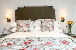 Deluxe Double Luxury Bed