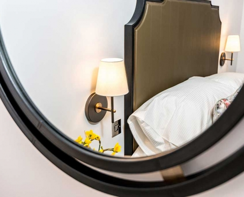Deluxe Double Wall Mirror