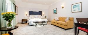 Burnside Hotel Luxury Rooms Banner